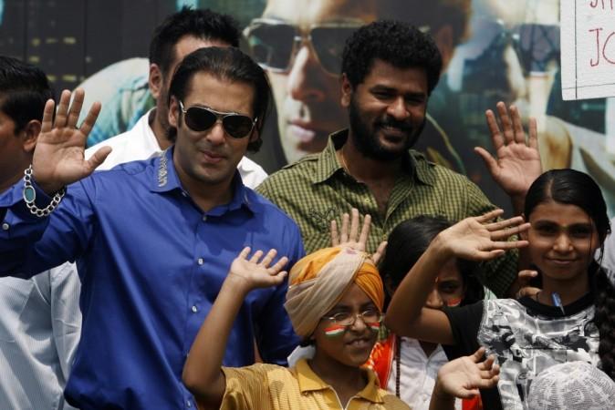 Salman Khan (L), Prabhu Deva