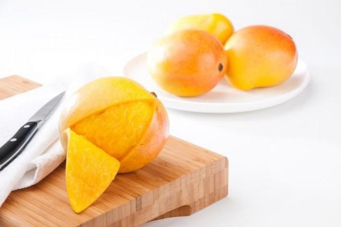Eating mango peel reduces obesity