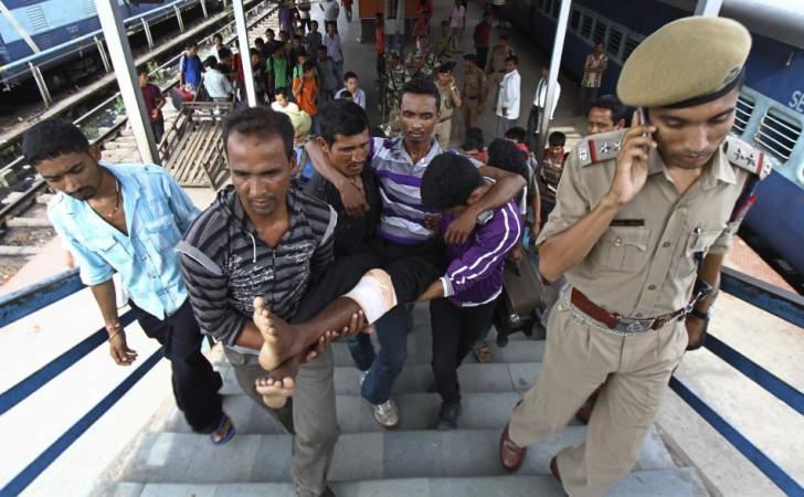 NE people flee Bangalore