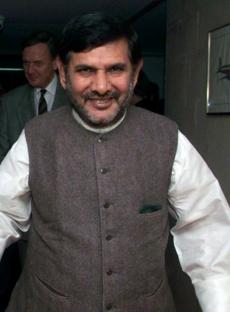 JD (U) chief Sharad Yadav