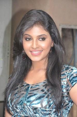 Anjali (wikipedia/Mdbasith)