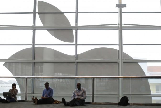 Apple logo,apple outlook 2017,