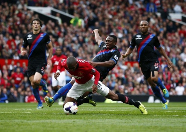 Ashley Young Manchester United Dikgacoi Crystal Palace