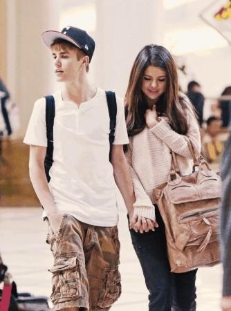 Selena Gomez Reaction to 'Heartbreaker' by Justin Bieber: 'It's sweet'