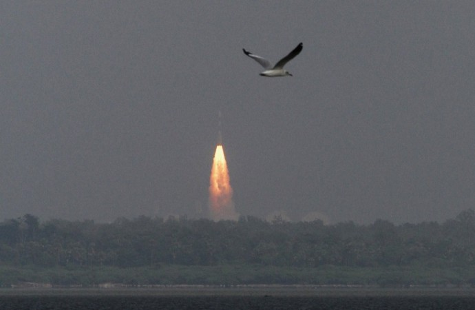 http://data1.ibtimes.co.in/cache-img-0-450/en/full/426268/1386057610_mangalyaan.jpg Mangalyaan Rocket
