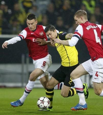Koscielny Lewandowski Mertesacker Arsenal Dortmund