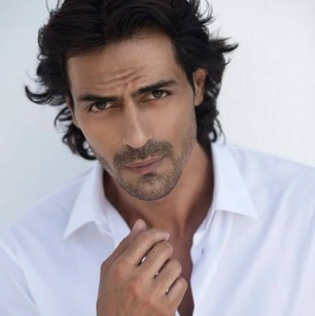 Rumours were doing the rounds that Sussanne Roshan was having an affair with Arjun Rampal