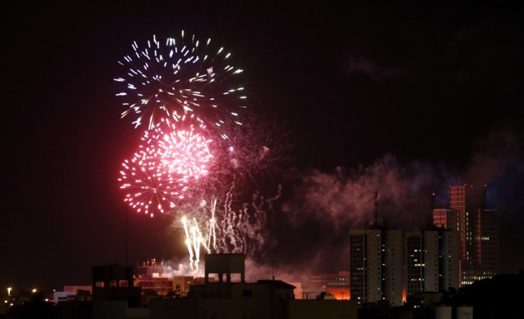 The Best Places to Go to See the New Year's Eve 2013 Fireworks Display in Sydney, Australia [WATCH]