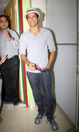 Farhan Akhtar at Radio Mirchi