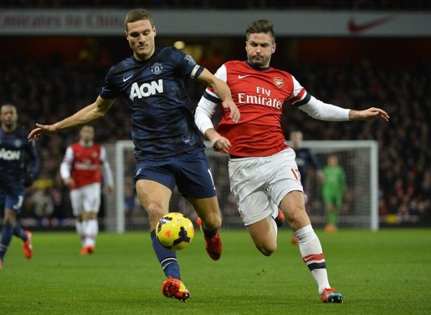 Nemanja Vidic Manchester United Arsenal Olivier Giroud