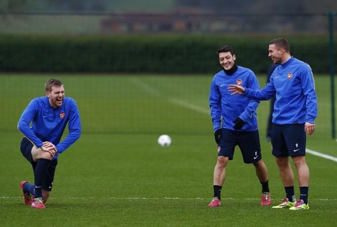 Mertesacker Ozil Podolski Arsenal