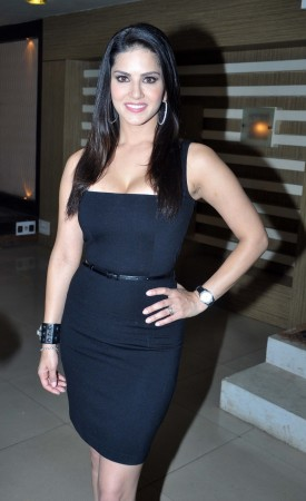 Sunny Leone Promoting