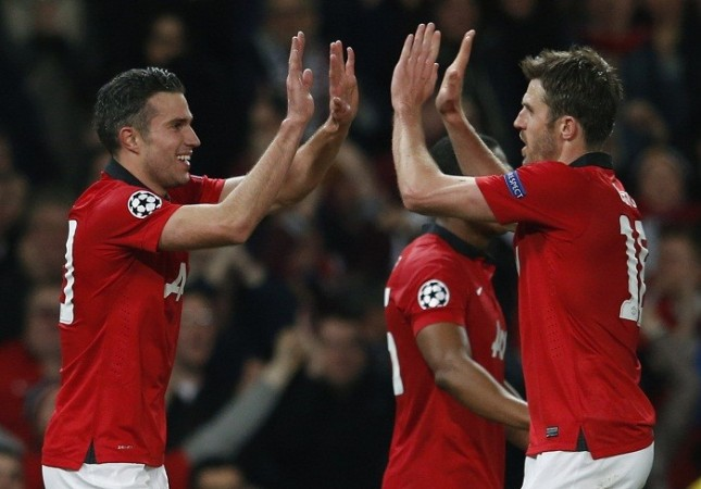 Robin Van Persie Michael Carrick Manchester United