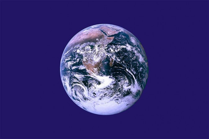International Mother Earth Day 2014 (Photo: The Earth Day Flag created by John McConnell, Wikimedia Commons)