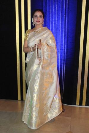 Rekha to Play Begum in Katrina Kaif-Aditya Roy Kapoor's 'Fitoor'