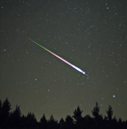 Meteor Shower: First Ever Camelopardalid Approaches Earth; Must Watch for Skygazers [Representational Image]