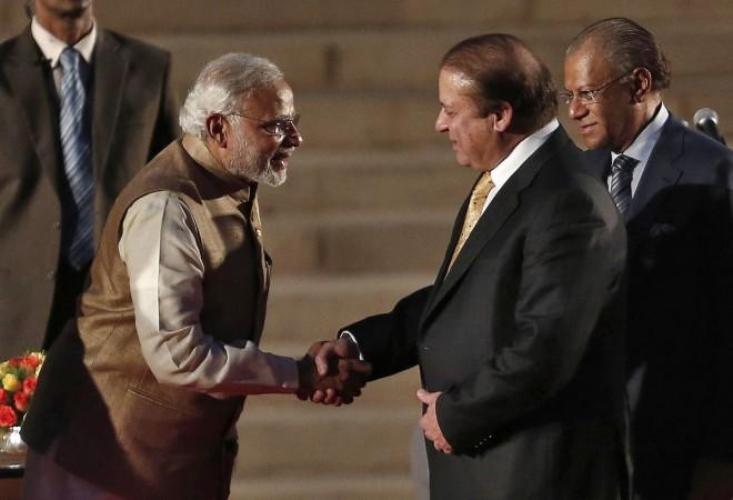'Mother's Love' gets Modi-Sharif to Bond; All Eyes on India-Pak Talks