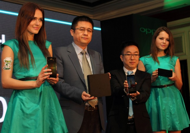 Tom Lu-CEO  Steven Shi Feng-General Manager- OPPO Mobiles India launch Find 7