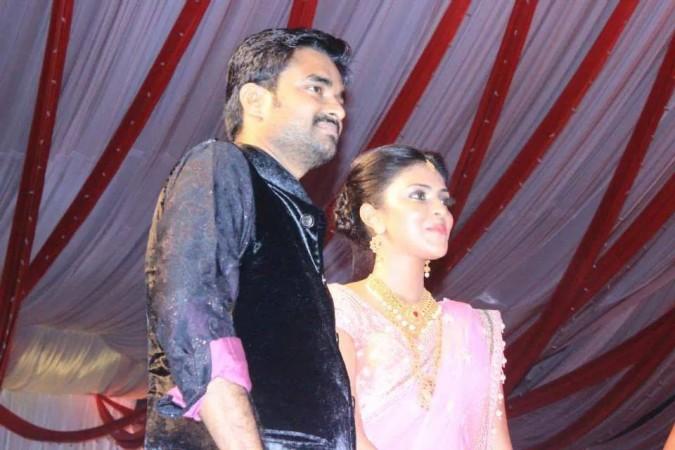 Amala Paul- Vijay sangeet
