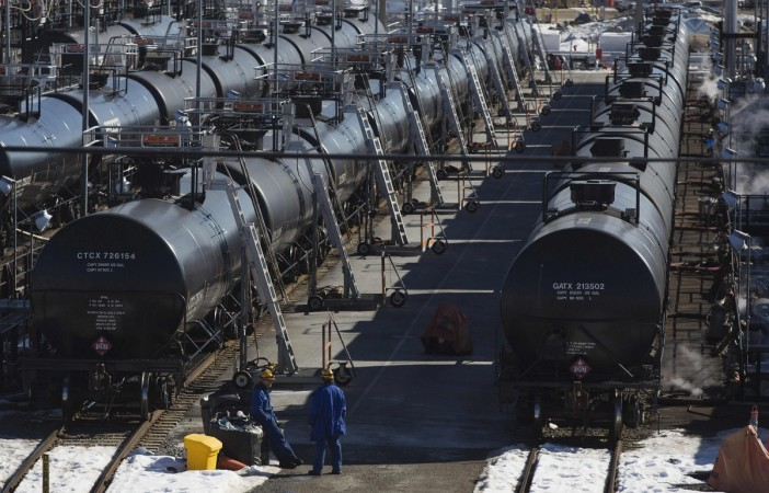 Rupee Declines over Iraq Crises Despite Government's Assurance