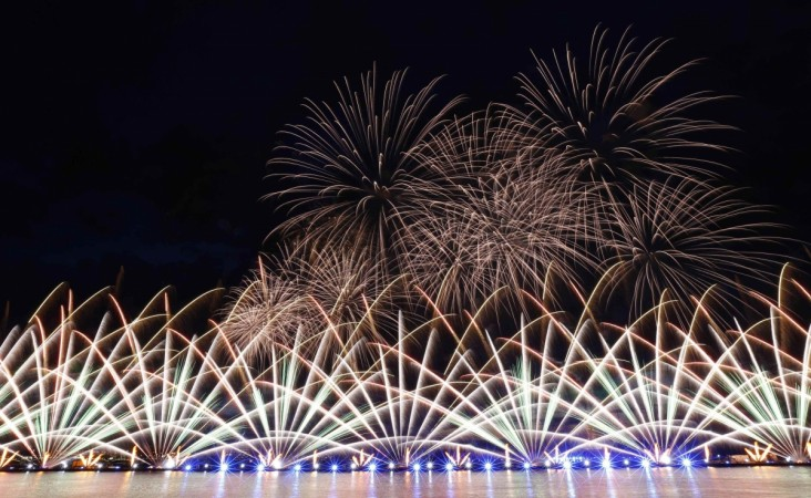 Find out if the Fourth of July fireworks will be cancelled because of Hurricane Arthur's wind and lightening.