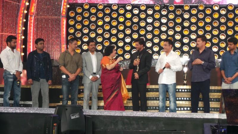 SRK and Tamil film stars at Vijay Awards