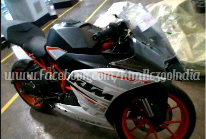 KTM RC 390 Spied Undisguised Ahead of September Launch; Booking, Price Details