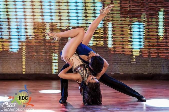 Sonali Kunmun Das and Adiseshan Prithvi Salsa dancing