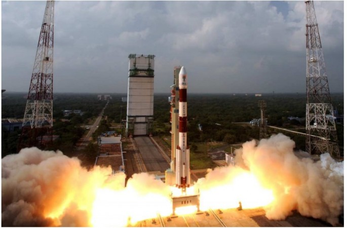 http://data1.ibtimes.co.in/cache-img-0-450/en/full/536869/1472361053_mangalyaan.jpg Mangalyaan Rocket