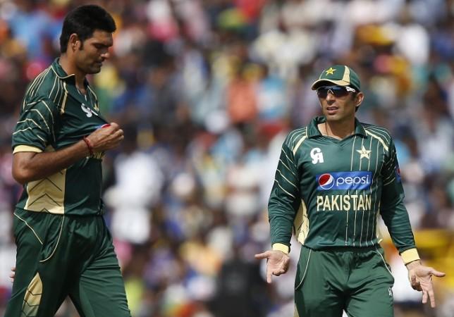 PSL: Lahore Qalandars lose Delport as Kings bowl in must-win match