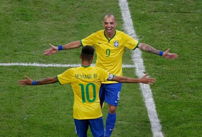 Diego Tardelli Neymar Brazil