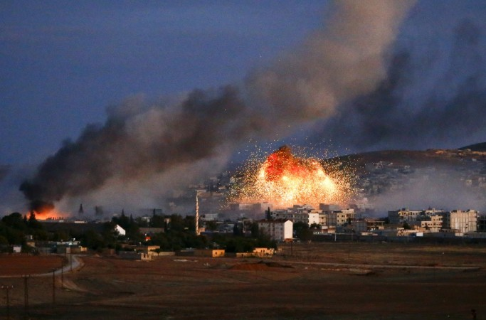 Turkish army helps injured ISIS militants reach hospitals for treatment by lighting the sky with the help of flares.