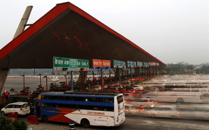 Govt enables card payments at toll plazas on all national highways