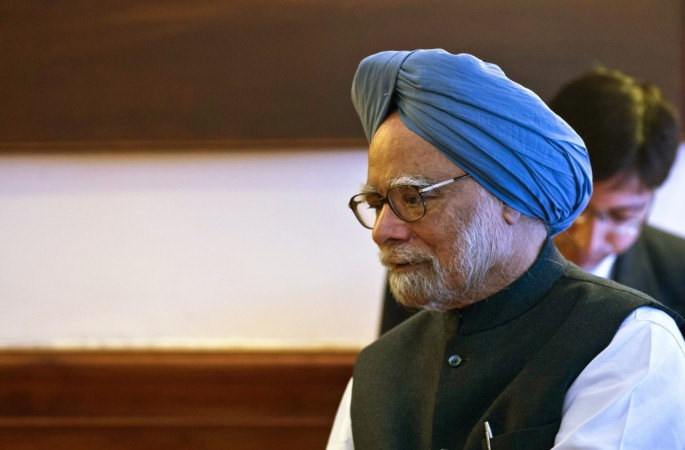 Manmohan Singh invokes memories of those who died due to noteban