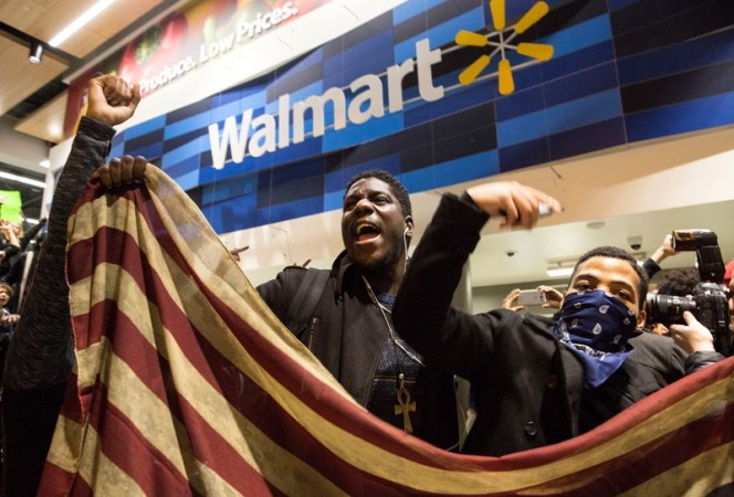 black friday wal mart protests The people who organized the largest-ever black friday demonstrations against walmart last year are leaving their protest signs at home this year.
