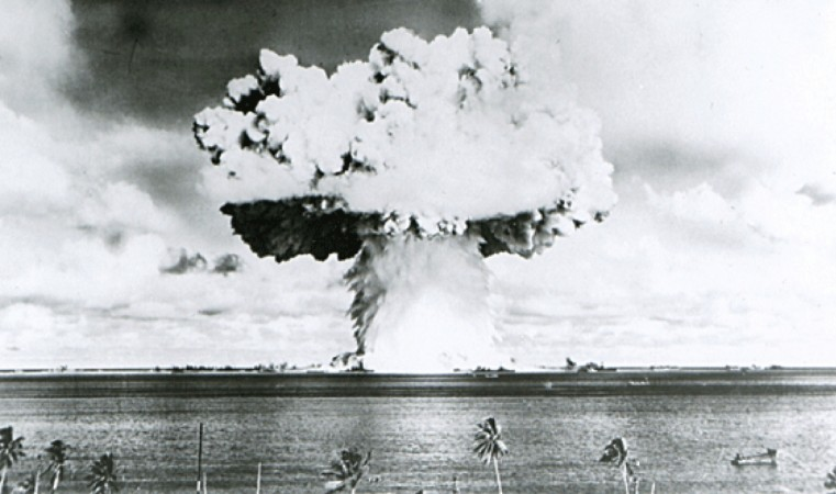 Expert Say US needs New Nuclear Weapons