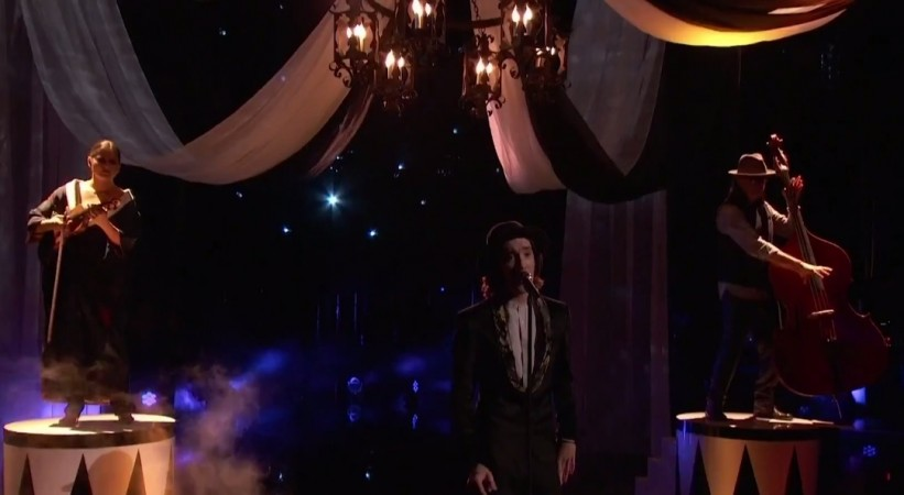 """Taylor John Williams performs Lorde's """"Royals"""" on """"The Voice""""A"""