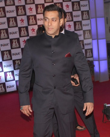 'Aap Ki Adalat' completes 21 Years; PM Narendra Modi, Rani Mukerji, Shilpa Shetty and Other Big Personalities Attend Salman, SRK, Aamir's Special Episode