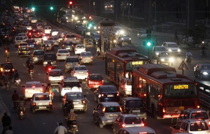 delhi cars traffic