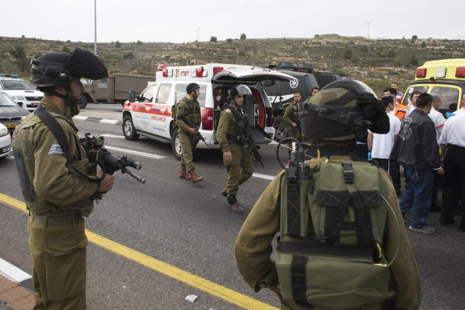 Palestinian attacked Israeli civilians with a chemical substance near the West Bank Jewish settlement