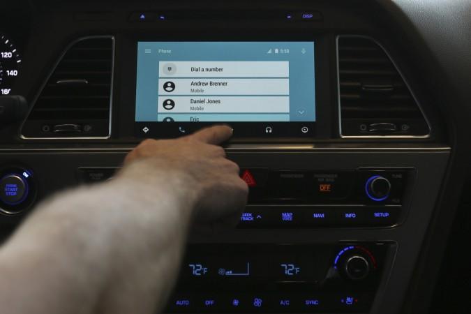 Comparison: Apple Car Play Vs Google's Android Auto