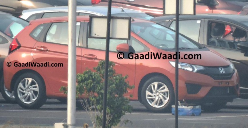 2015 Honda Jazz Production Begins in India, Spied Uncamouflaged
