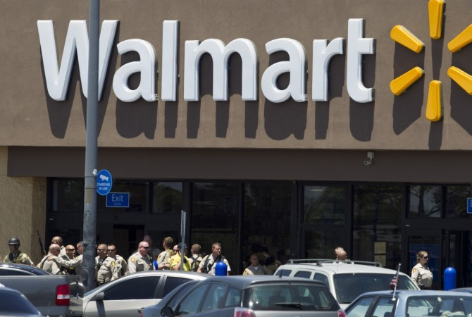 toddler shoots mother in Walmart