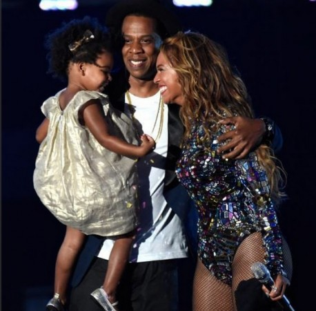 The happy Carter family after Beyonce's performance at the VMAs 2014