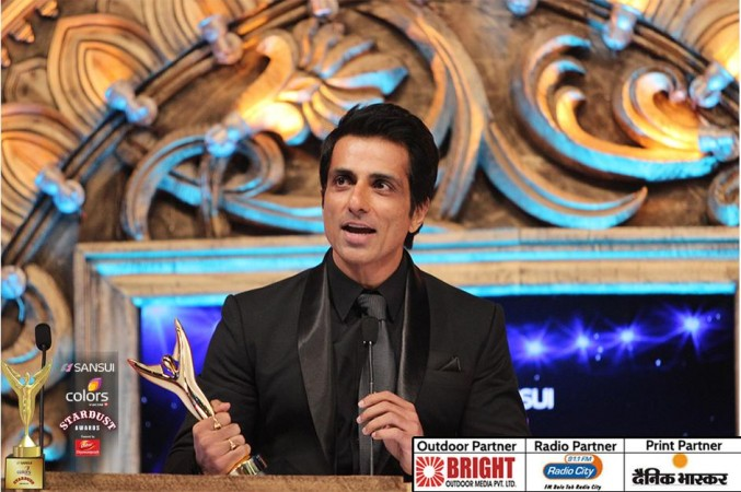 Sonu Sood at Stardust Awards 2015