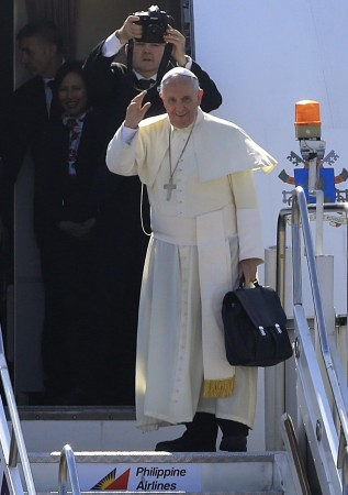 Pope Francis leaves Asia