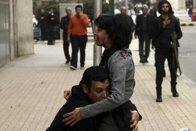 Shaimaa al-Sabbagh shot down during Egypt protests