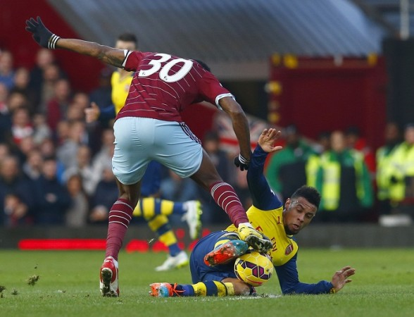 Francis Coquelin Arsenal Alex Song West Ham