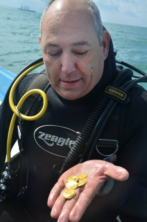 Israeli divers stumble upon gold coins