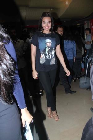 Sonakshi Sinha, Varun Dhawan, Nargis Fakhri Attends Film's Special Screening